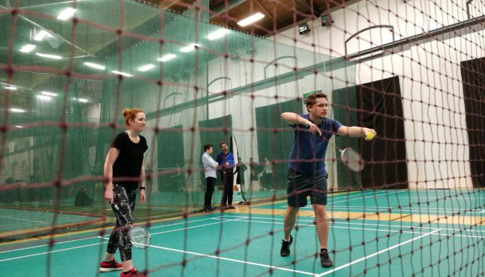Networkingový turnaj v badmintonu